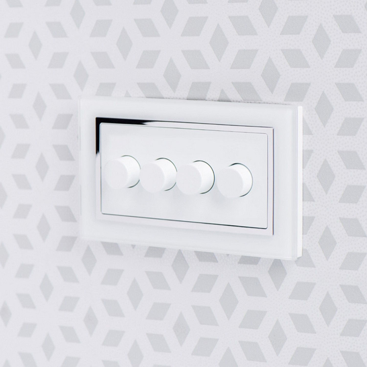 retrotouch 4 gang 2 way dimmer switch 3 200w led halogen white gl ct 02100